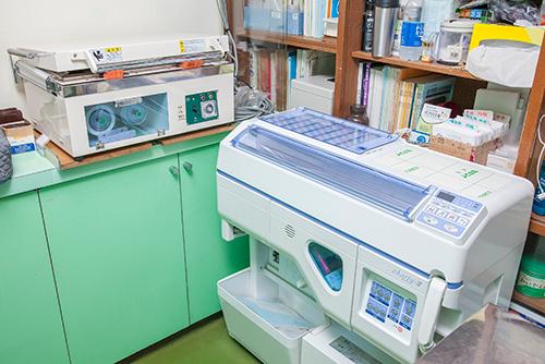 川口市の動物病院「どうぶつのセンター病院」の調剤室